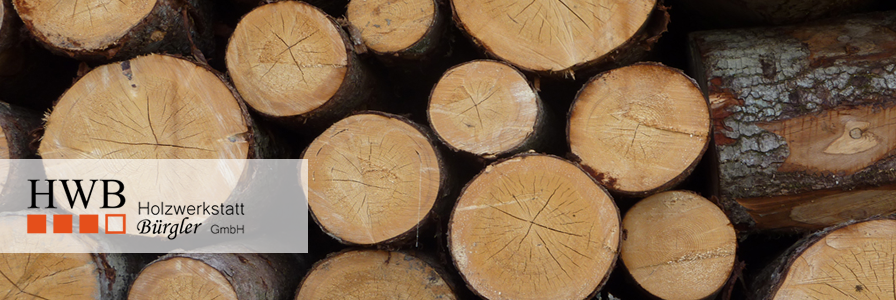 Handarbeit - vom Rohholz zum fertigen Produkt